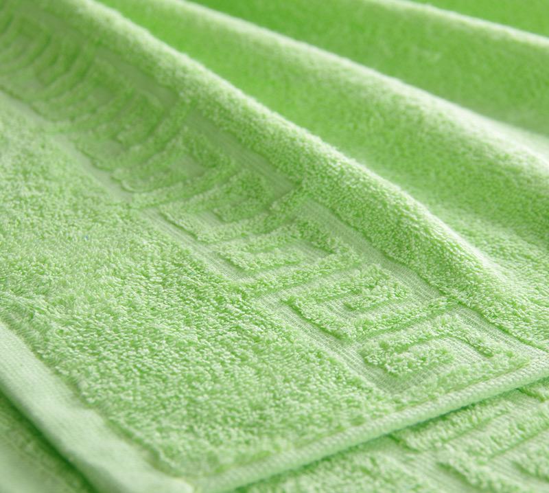 Полотенце махровое. Цвет салатовый