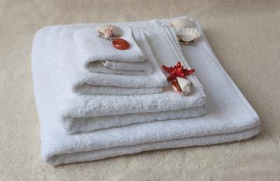 Полотенца махровые. Цвет белый. 500 гр.м2