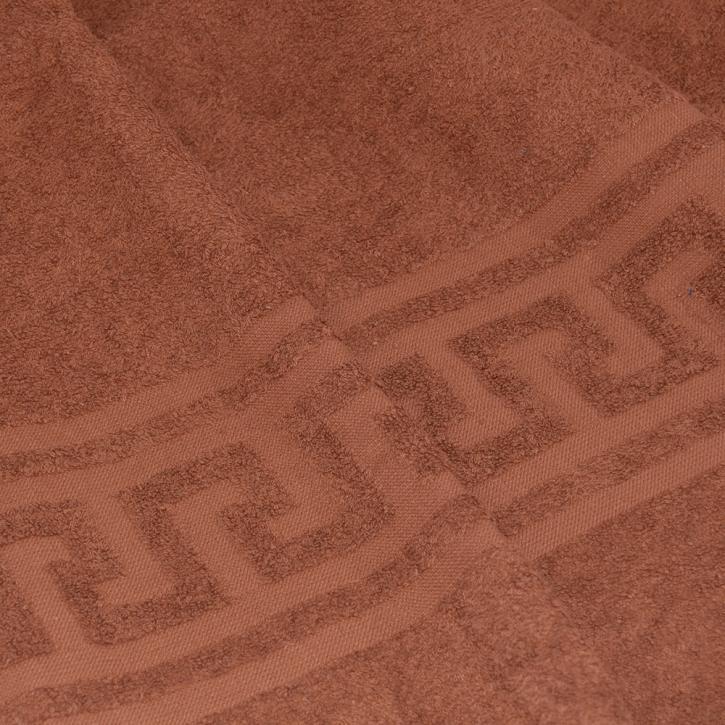Полотенце махровое. Цвет светло-коричневый