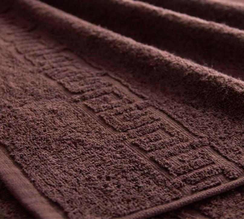 Полотенце махровое. Цвет тёмно-коричневый